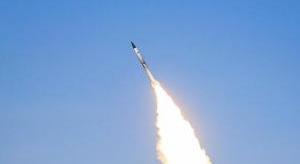 無視美國警告波斯灣試射新式導彈,伊朗:不需要外國批準