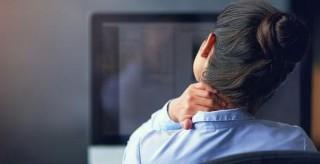 久坐不动易导致肌肉失衡 需拉伸5组肌肉