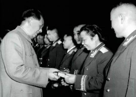 读史丨新中国第一位女将军是个湖南人