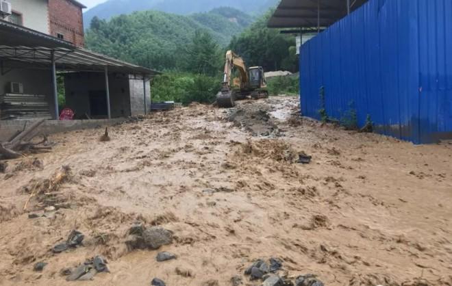 永州多地暴雨成灾 防汛抢险有条不紊 无人员伤亡